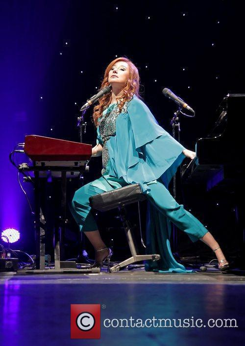 tori amos performing live as part her 5750442