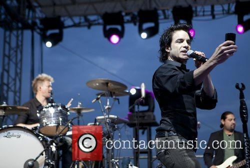 Train and Pat Monahan 5