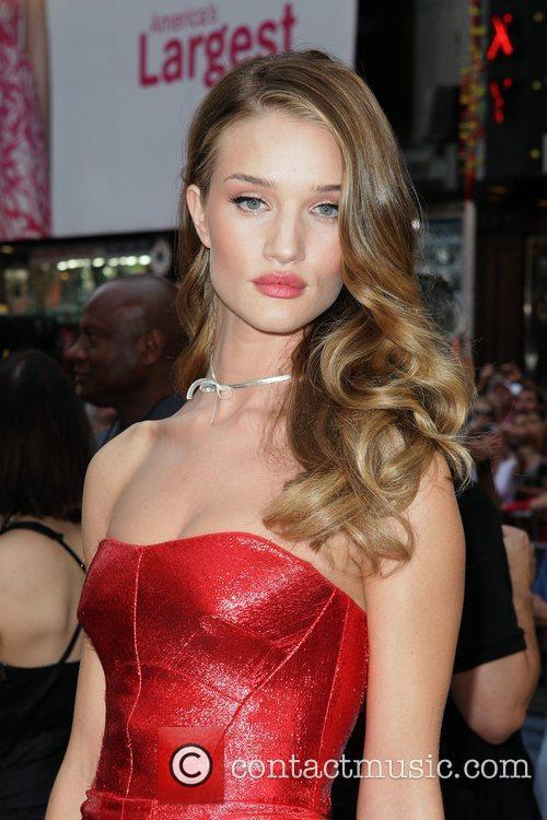 Rosie Huntington-Whiteley  New York premiere of 'Transformers:...