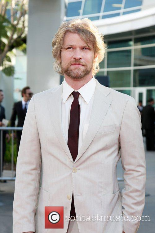 Todd Lowe 3