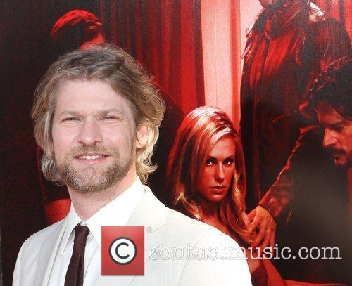Todd Lowe 5