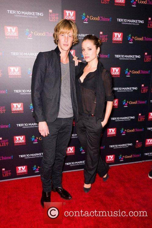 Gabriel Mann and Margarita Levieva 9