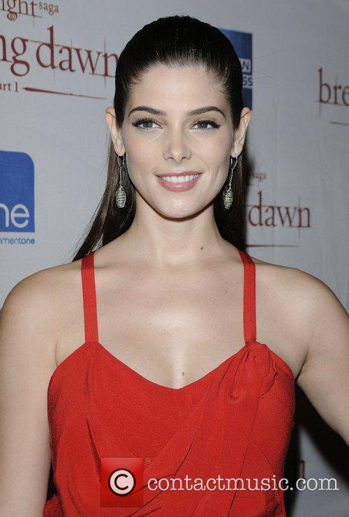Ashley Greene 3