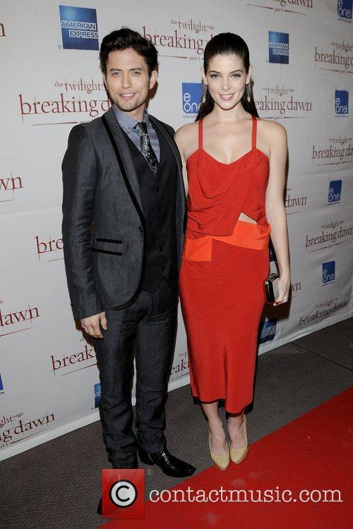 Jackson Rathbone and Ashley Greene 8