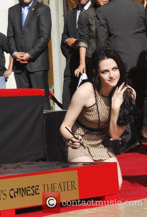 Kristen Stewart and Grauman's Chinese Theatre 13