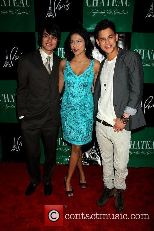 Kiowa Gordon, Bronson Pelletier and Tinsel Korey 10