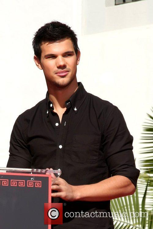 Taylor Lautner and Grauman's Chinese Theatre 2