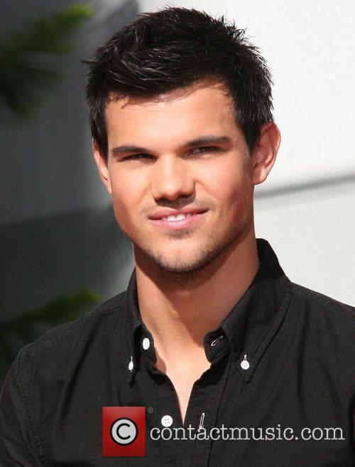Taylor Lautner and Grauman's Chinese Theatre 1