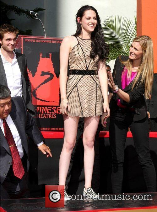 Kristen Stewart and Grauman's Chinese Theatre 6