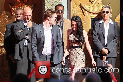 Robert Pattinson, Kristen Stewart and Grauman's Chinese Theatre 1