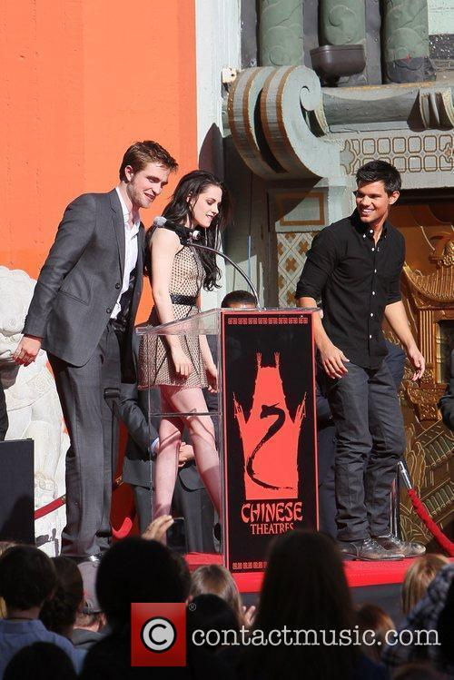 Robert Pattinson, Kristen Stewart, Taylor Lautner and Grauman's Chinese Theatre 50