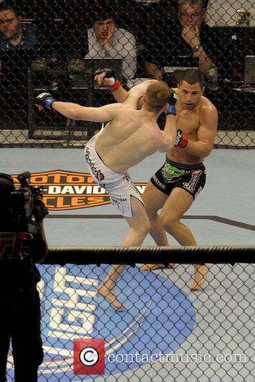 Kyle Watson vs John Makdessi  UFC 129...