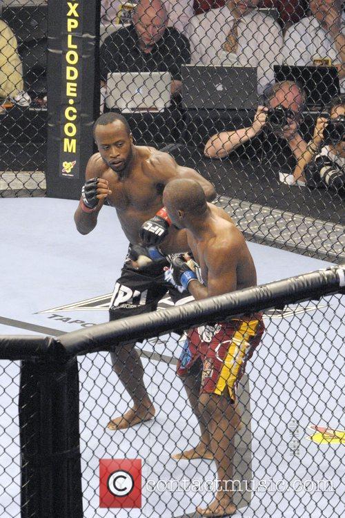 Daniel Robers vs Claude Patrick  UFC 129...