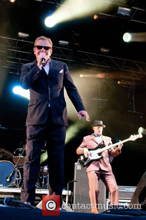 Suggs of Madness The Ultrasound Music Festival -...