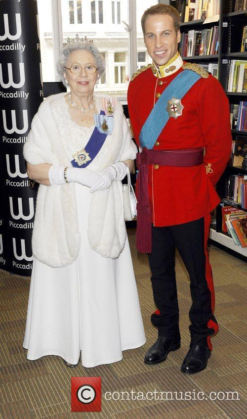 Queen Elizabeth Ii and Prince William 1