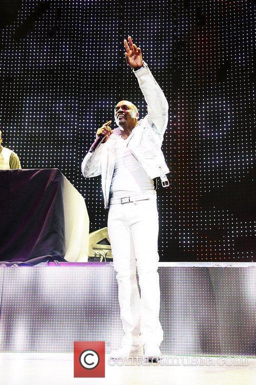Akon, Usher
