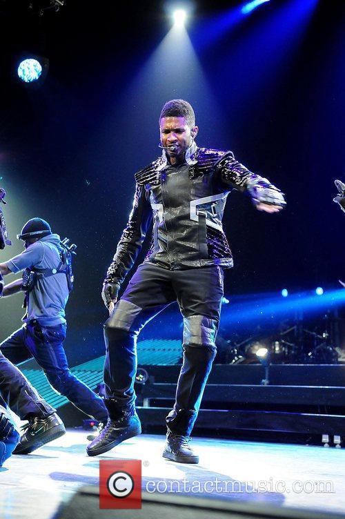 Usher 32