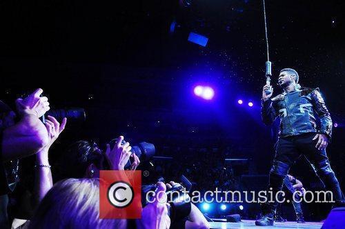 Usher 33
