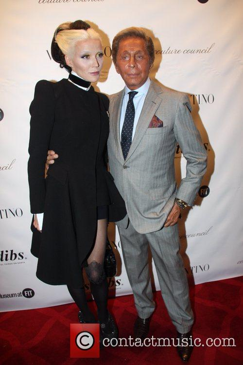 Daphne Guinness and Valentino 7
