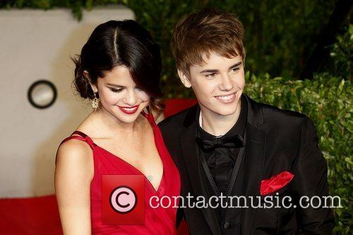 Selena Gomez, Justin Bieber and Vanity Fair 4