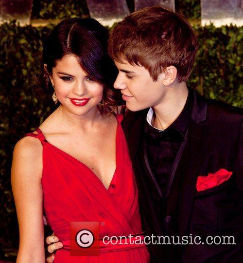 Selena Gomez, Justin Bieber and Vanity Fair 1