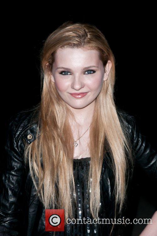 Abigail Breslin 8