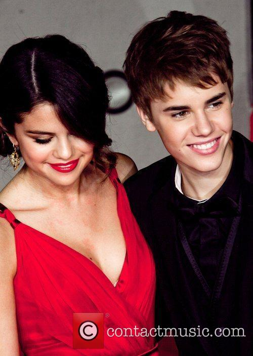 Selena Gomez, Justin Bieber and Vanity Fair 3