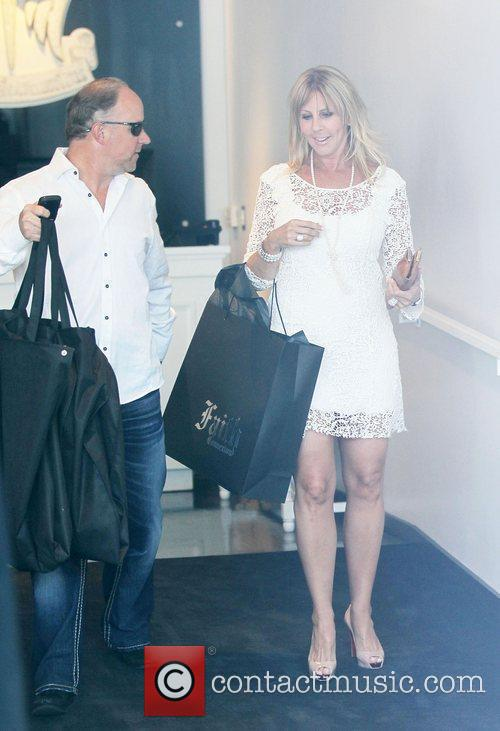 vicki gunvalson cheating pictures. wallpaper vicki gunvalson bio
