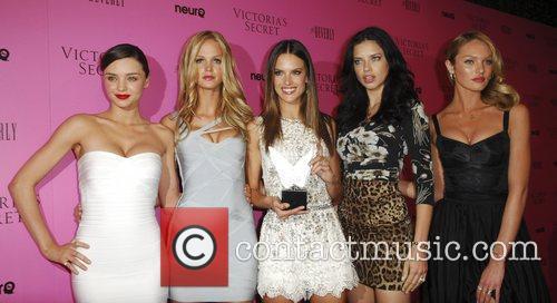 Miranda Kerr, Adriana Lima, Alessandra Ambrosio and Erin Heatherton 4