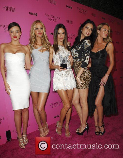 Miranda Kerr, Adriana Lima, Alessandra Ambrosio and Erin Heatherton 7