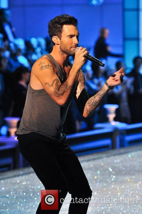 Adam Levine and Victoria's Secret 9