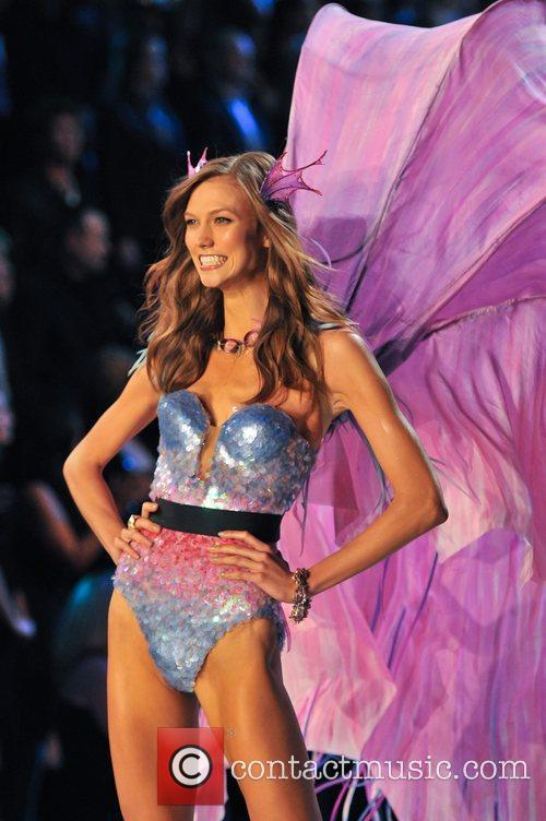 Karlie Kloss and Victoria's Secret 10