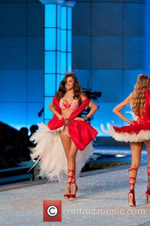 Miranda Kerr and Victoria's Secret 6