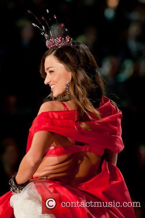 Miranda Kerr, Victoria's Secret