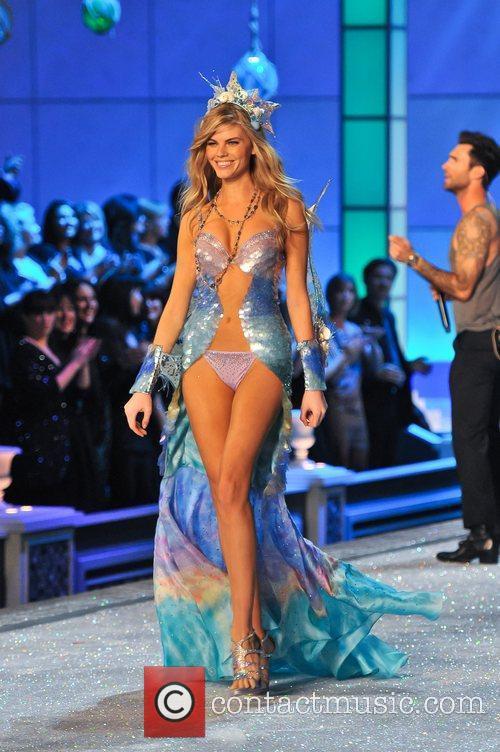 Model, Miranda Kerr and Victoria's Secret 10
