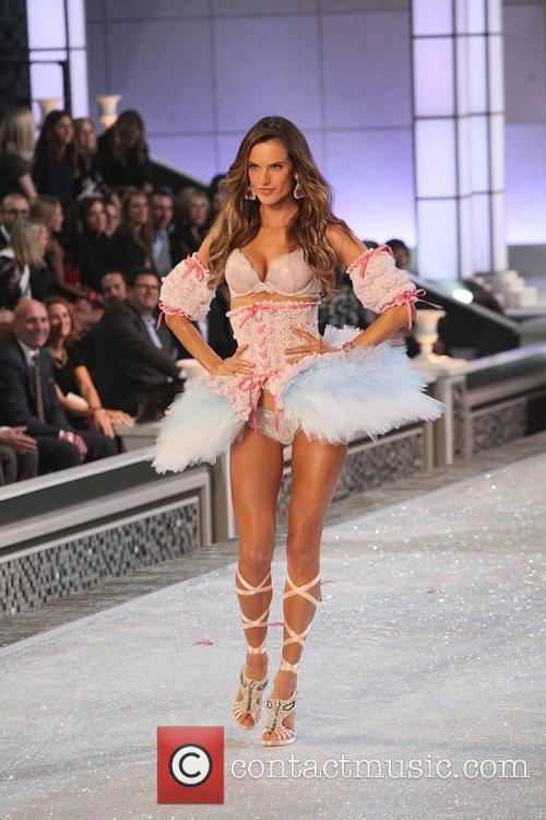 Victoria's Secret 10