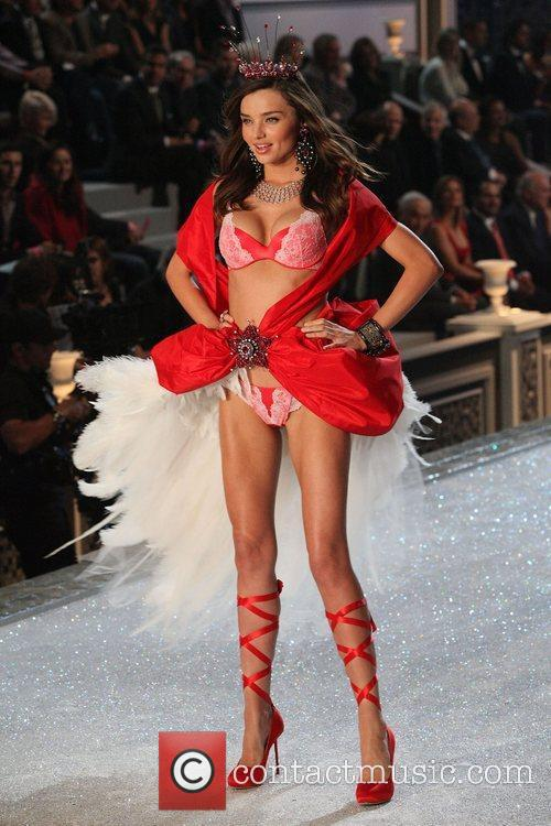 Miranda Kerr and Victoria's Secret 1