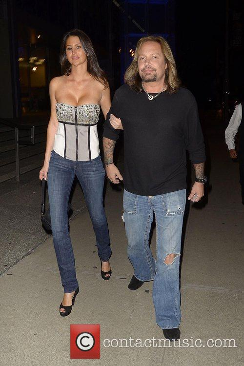 Arriving at BOA Steakhouse with a new girlfriend...