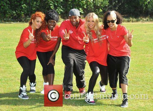 Oritse Williams and members of Vida Virgin Active...