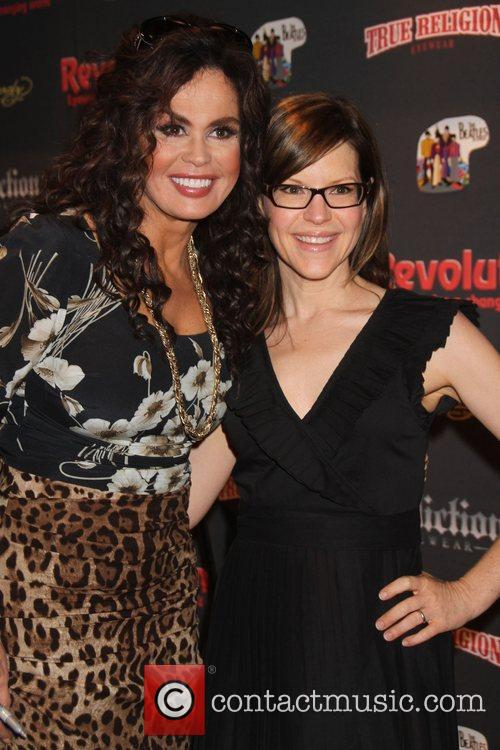 Marie Osmond and Lisa Loeb 3