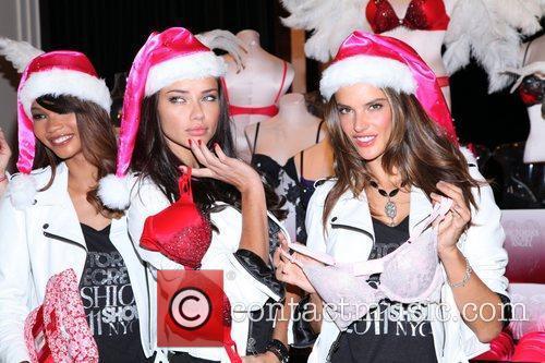 Chanel Iman, Adriana Lima, Alessandra Ambrosio and Victoria's Secret 8