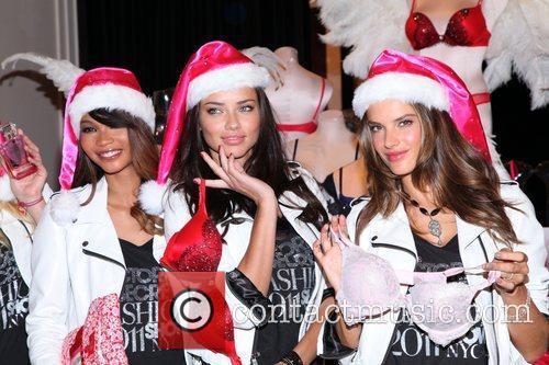 Chanel Iman, Adriana Lima, Alessandra Ambrosio and Victoria's Secret 1