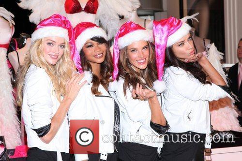 Chanel Iman, Adriana Lima, Alessandra Ambrosio and Victoria's Secret 9