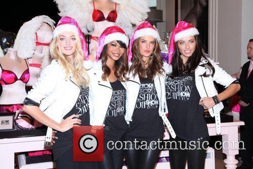 Chanel Iman, Adriana Lima, Alessandra Ambrosio and Victoria's Secret 20