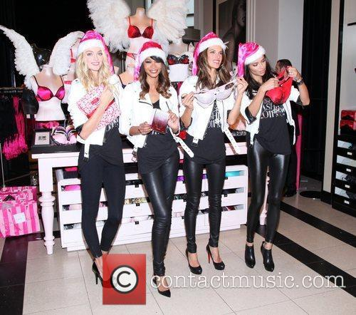 lindsay ellingson chanel iman alessandra ambrosio and 5758276