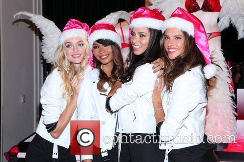 Chanel Iman, Adriana Lima, Alessandra Ambrosio and Victoria's Secret 8