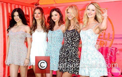Adriana Lima, Alessandra Ambrosio, Erin Heatherton and Miranda Kerr 6