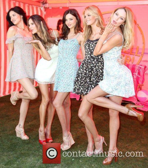 Adriana Lima, Alessandra Ambrosio, Erin Heatherton and Miranda Kerr 8