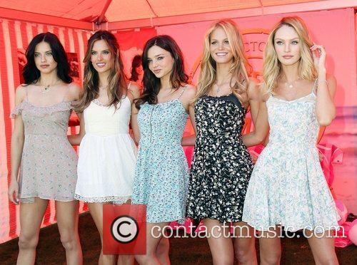 Adriana Lima, Alessandra Ambrosio, Erin Heatherton and Miranda Kerr 10