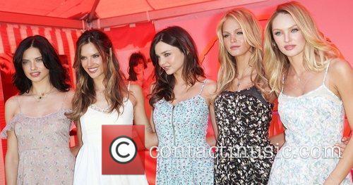Adriana Lima, Alessandra Ambrosio, Erin Heatherton and Miranda Kerr 3